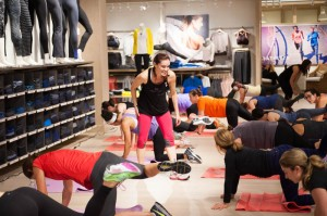 Beyond Mom Athleta Proof 0376