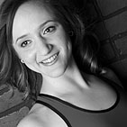 Megan Beers is a professionally trained ballet dancer, barre-sculpt teacher, and certified Pilates instructor.